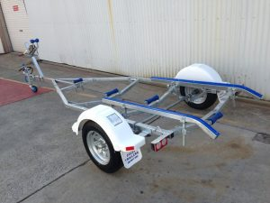 14ft skid boat trailer